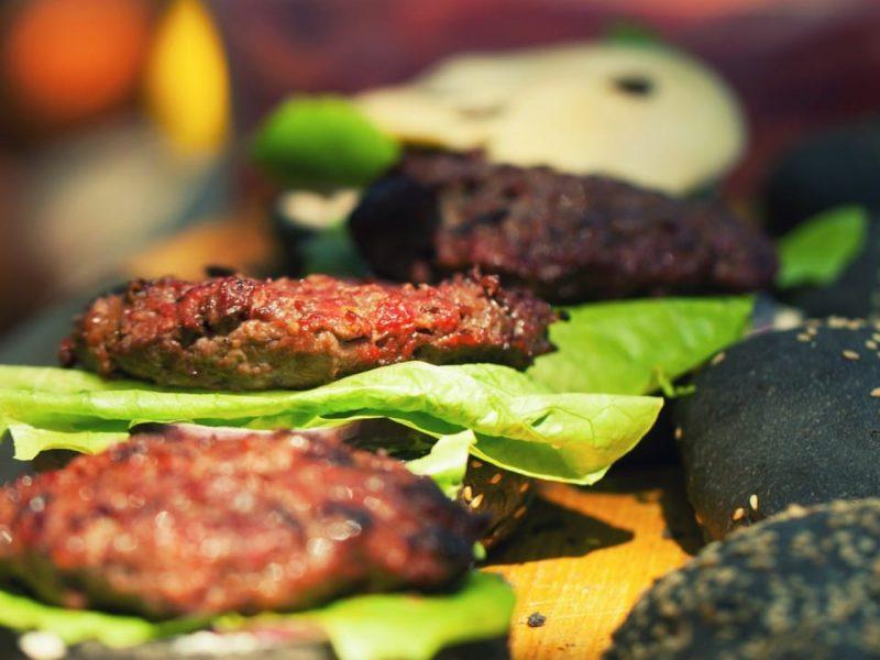 hamburguesa de vacuno y cerdo