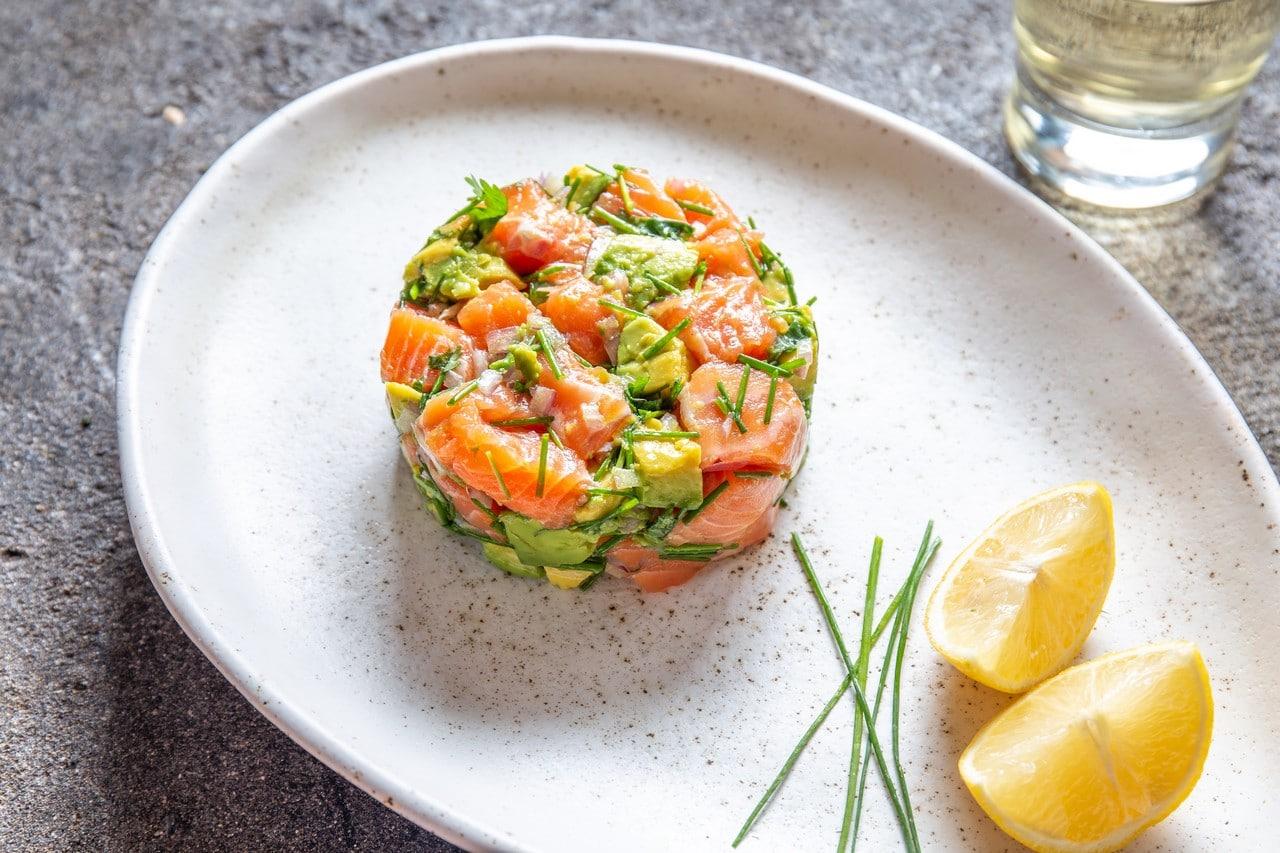tartar-de-salmón-y-aguacate